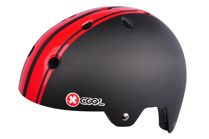 2810912-Helm-XCool-Pinstripes-zwart-rood